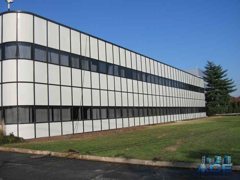 Completed exterior building power washing in Ridgefield Park, NJ