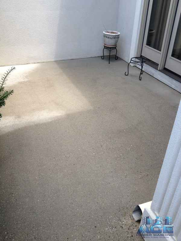 Concrete cleaning of cement entrance in Woodcliff Lake, NJ