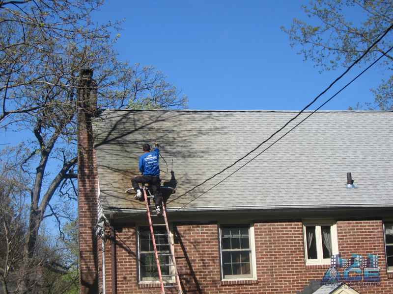 Rust Stain Removal from Roof, Needing Roof Cleaning in Bergen County, NJ